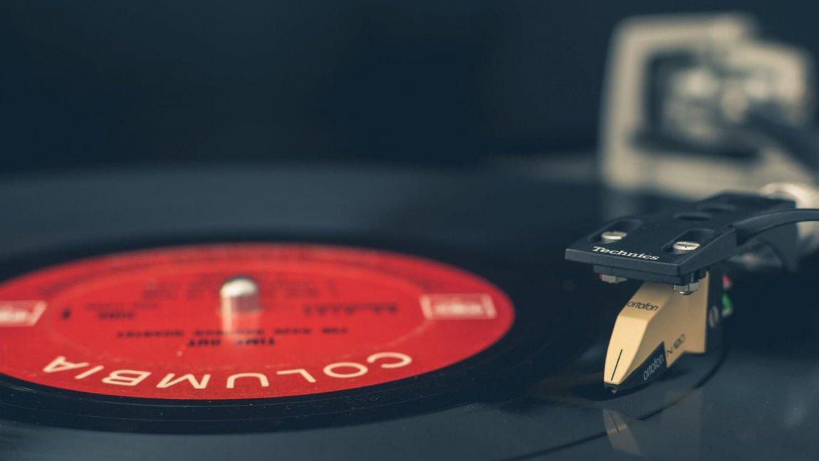 Ogromne obniżki płyt winylowych w sklepie Kameleon Records